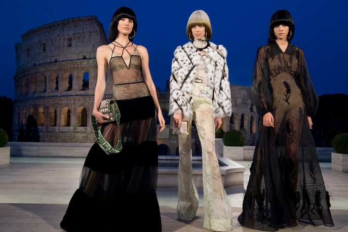 01_FENDI Couture_The Dawn of Romanity.jpg