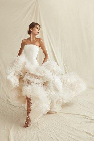 Oscar_de _la_Renta_Spring_2021_Bridal_Look_1.jpg