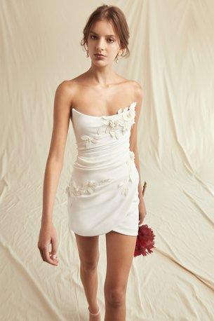 Oscar_de _la_Renta_Spring_2021_Bridal_Look_2.jpg