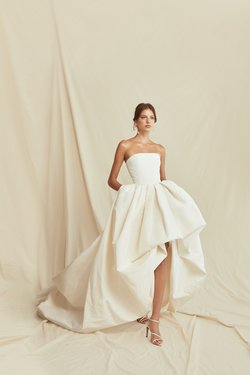 Oscar_de _la_Renta_Spring_2021_Bridal_Look_5.jpg
