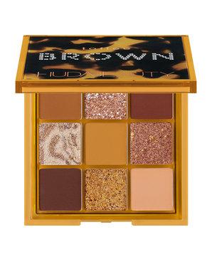 Brown Obsessions Eyeshadow Palette Toffee من Huda Beauty.jpg